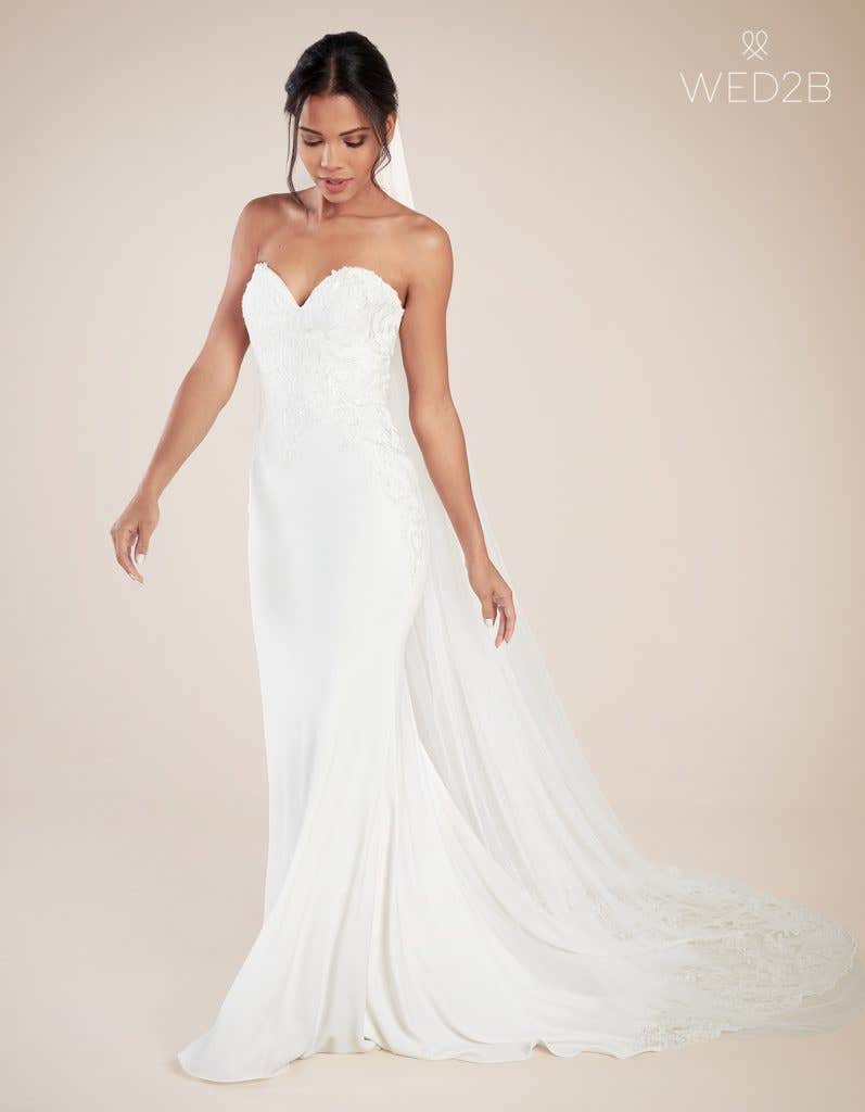 Front view of modern wedding dress Landon by Anna Sorrano