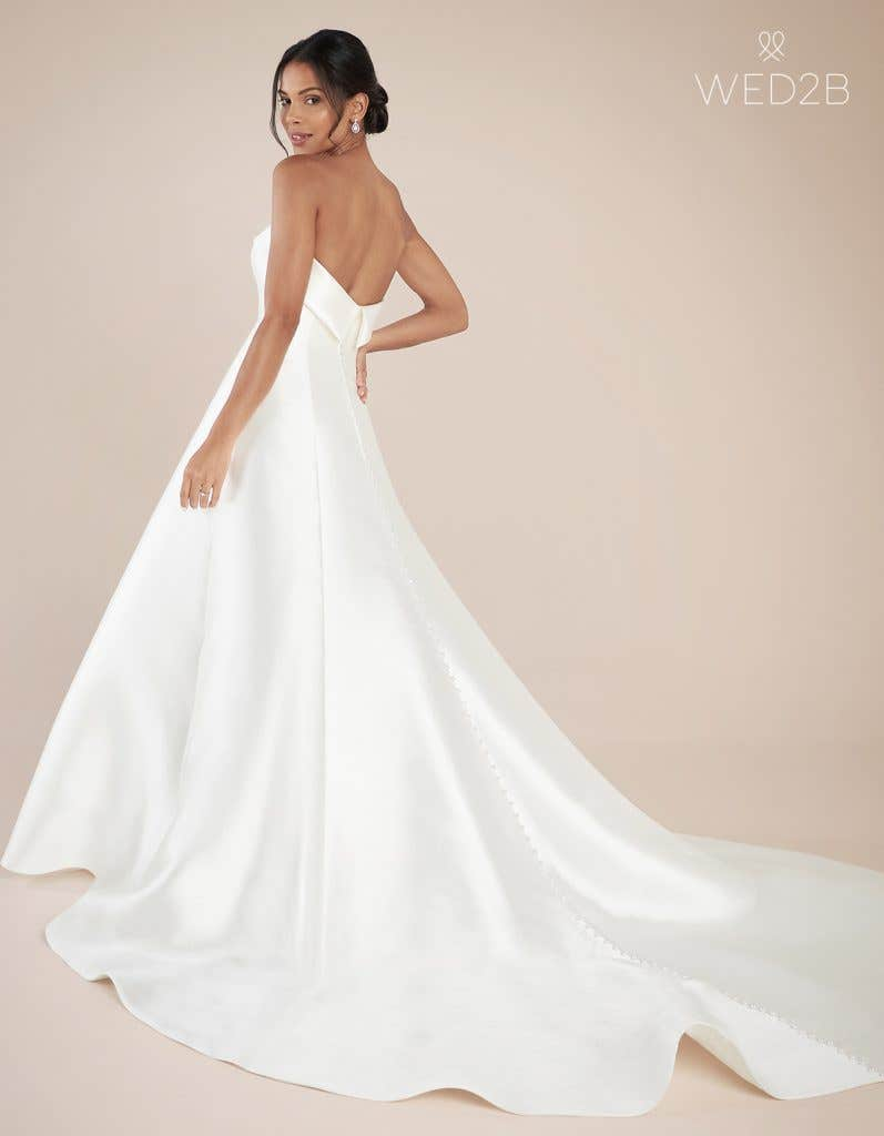 Back view of fashion wedding dress Aden by Anna Sorrano