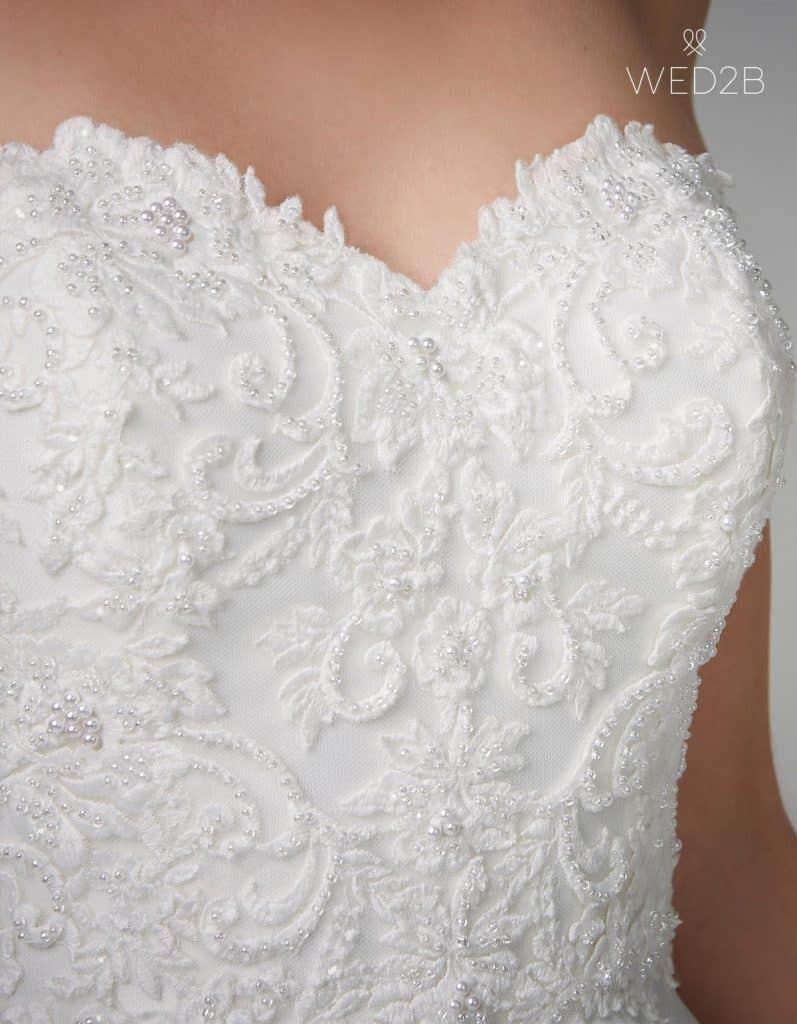 Detailed view of fashion wedding dress Georgia by Anna Sorrano