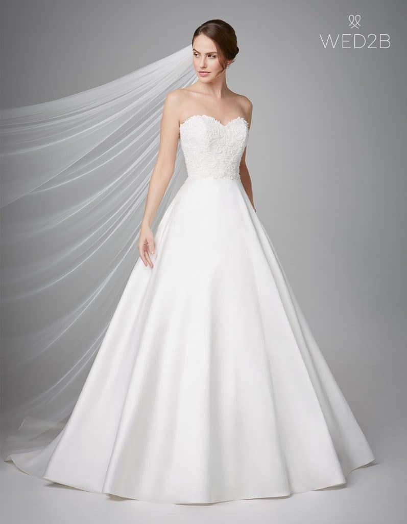 Front view of fashion wedding dress Georgia by Anna Sorrano