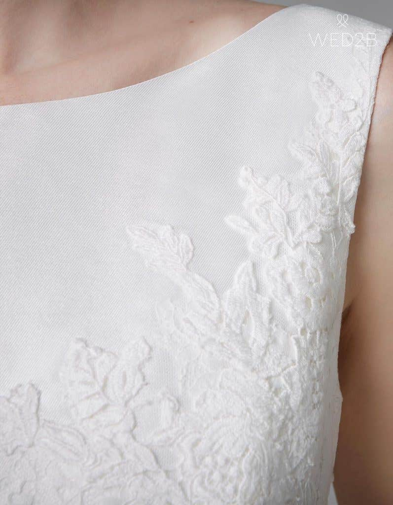 Detailed view of pleated wedding dress Phillipa by Anna Sorrano
