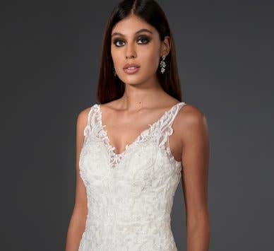 This is why you should try a sheath wedding dress…